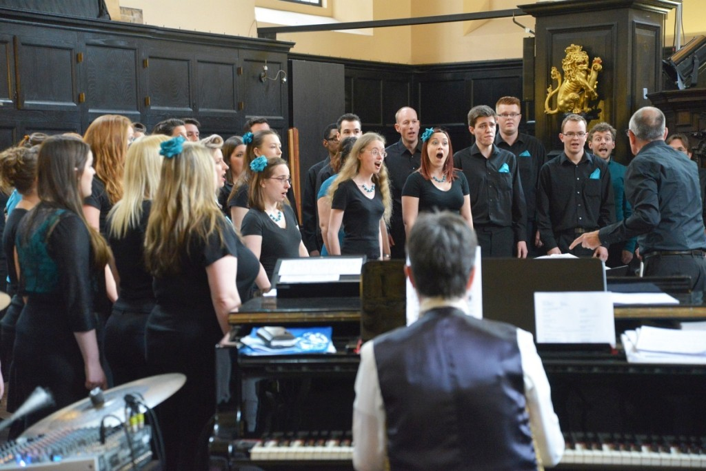 The Cantate Alumni Choir